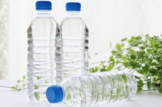 ペットボトル・水