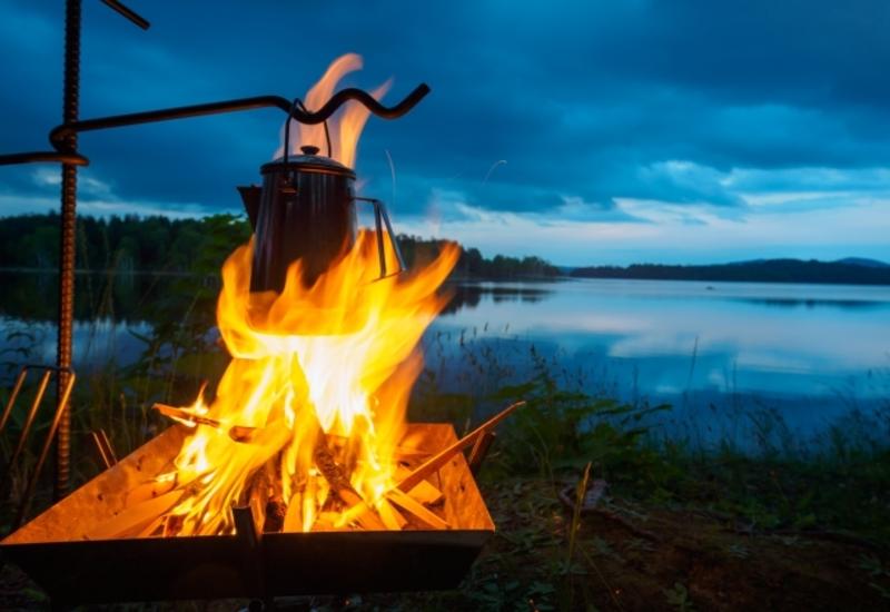 焚き火・キャンプ